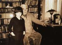 Daughter Karolina with Nobel Prize winner Jaroslav Seifert. Around 1982